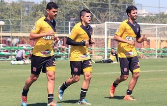 Dakson, Diego Renan e Pedro Ken no treino do Vasco (Foto: Marcelo Sadio / Site Oficial do Vasco)