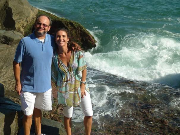 Ernesto Paglia e Glenda Kozlowski, apresentadores do Globo Mar em 2011 (Foto: Divulgação Rede Globo)
