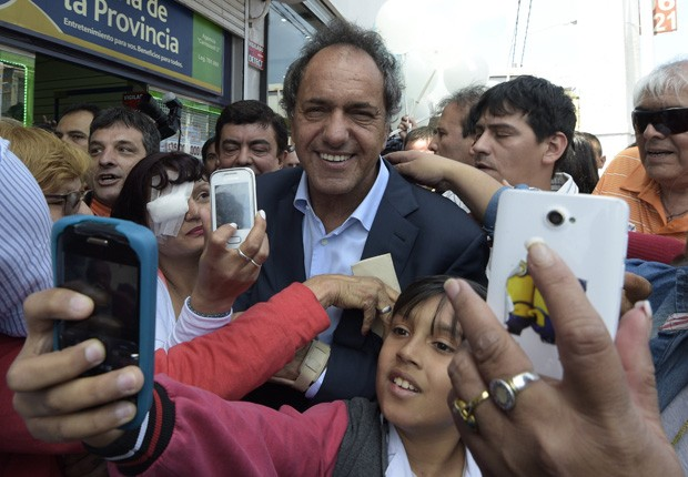 "Assessor de Scioli comparou momento à ""final de uma Copa do Mundo""  (Foto:  AFP Photo/Juan Mabromata)"