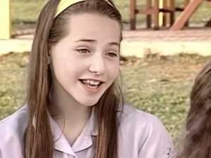 Letícia Colin em cena do seriado 'Sandy e Junior' (Foto: Reprodução/Globo)