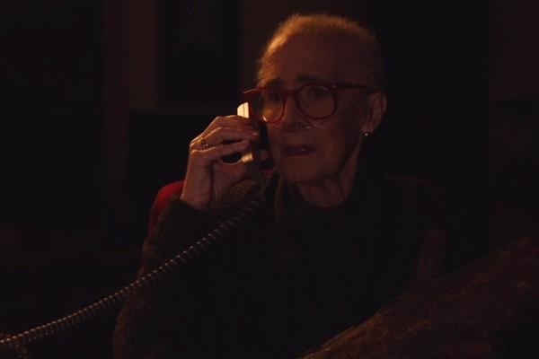 Catherine Coulson no retorno de Twin Peaks (Foto: Reprodução)
