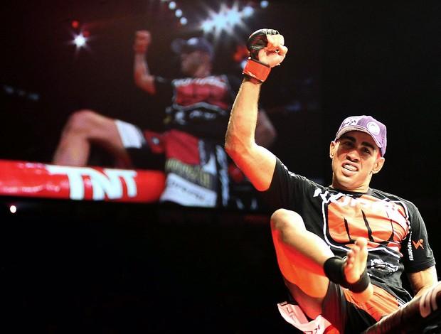 Godofredo Pepey vence luta no UFC em São Paulo (Foto: Marcos Ribolli / Globoesporte.com)