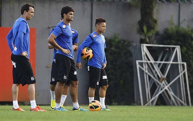 Thiago Ribeiro, Willian José e Neilton, treino do Santos (Foto: Ricardo Saibun / Divulgação Santos FC)