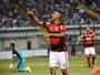 Jorge, do Flamengo, vence enquete do lance mais bonito de novembro