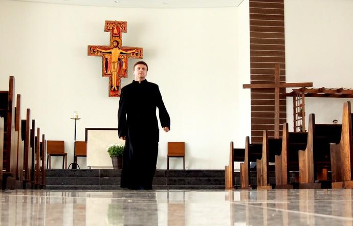 Joinville torcedor Padre Ivanor Macieski (Foto: João Lucas Cardoso)
