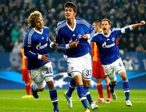 Roman Neustaedter comemora gol do Schalke contra o Galatasaray (Foto: Reuters)