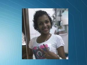 Foto de arquivo pessoal da adolescente morta. (Foto: Reprodução/TV Gazeta)