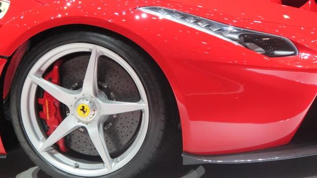 Veja carros que se destacam em Genebra, em fotos exclusivas