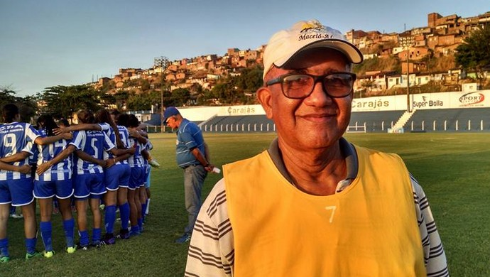 José da Silva, técnico do futebol feminino do CSA (Foto: Paulo Victor Malta/GloboEsporte.com)