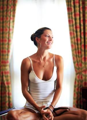 A modelo brasileira Gisele Bündchen. Ela acorda às 5h30 para ter tempo de meditar (Foto: Leonardo Aversa/O Globo)