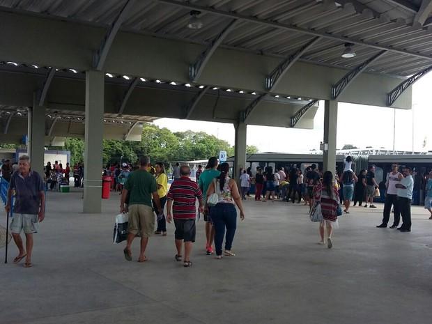 Novo Terminal Integrado de Abreu e Lima entrou em operação neste sábado (18) (Foto: Danielle Fonseca/TV Globo)