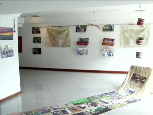 Exposição fica até domingo no Centro Cultural Teófilo Assad, no bairro São Bento (Foto: TV Rio Sul/Reprodução)