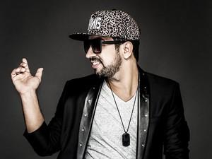DJ Dennis se apresenta em Búzios nesta sexta-feira (Foto: Gabriel Wickbold/Ascom DJ Dennis)