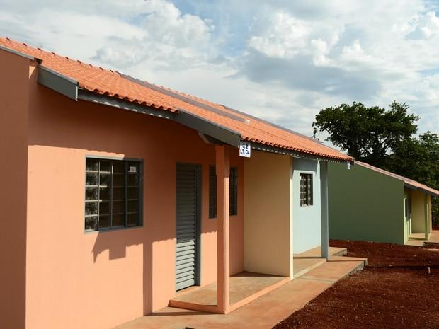 Richa prometeu construir pelo menos 110 mil moradias urbanas e rurais (Foto:  Felipe Gusinski/ Cohapar/Divulgação)