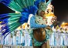 Mangueira celebra festas brasileiras (Alexandre Durão/G1)