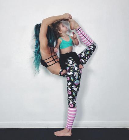 Yoga com filhos (Foto: Instagram / Reprodução)