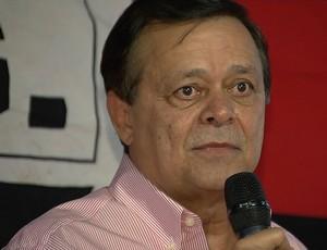 Jovair Arantes em assembleia do Atlético-GO (Foto: Reprodução/TV Anhanguera)