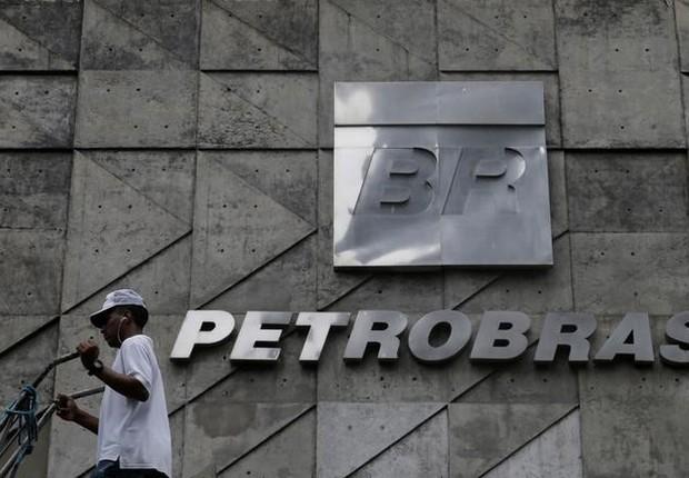 Resultado de imagem para Petrobras assina acordo com banco de desenvolvimento chinês e poderá ter crédito de 5 bilhões