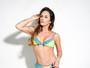 Núbia Óliiver mostra boa forma aos 42 anos em fotos de lingerie