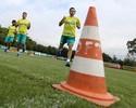 """Prass """"200% pronto"""", papo de Barrios e treino detalhado: o dia do Palmeiras"""