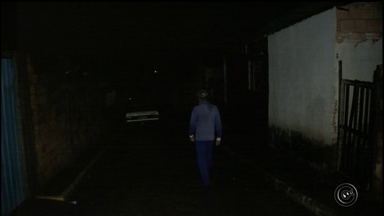 Falta de iluminação em bairro de Cerqueira César preocupa moradores