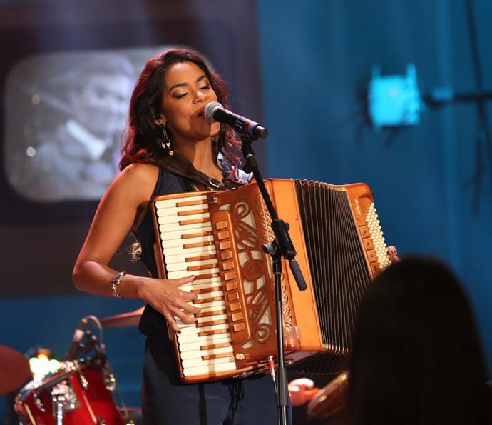 Lucy Alves se apresenta na gravação do programa Altas Horas (Foto: Carol Caminha/Gshow)