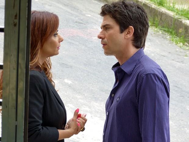 Naná faz sugestão inusitada para Antônio (Foto: Fábio Rosso / Gshow)
