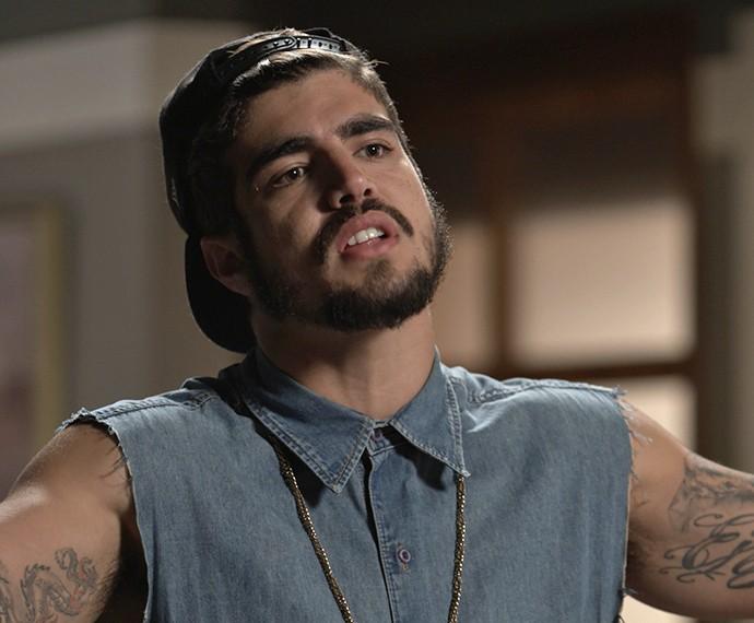 Grego chega cheio de atitude para tirar satifação com Dom Peppino (Foto: TV Globo)