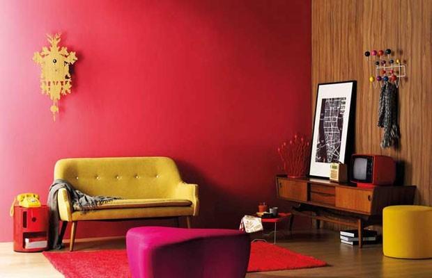 15 salas de estar vermelhas para se inspirar (Foto: reprodução)