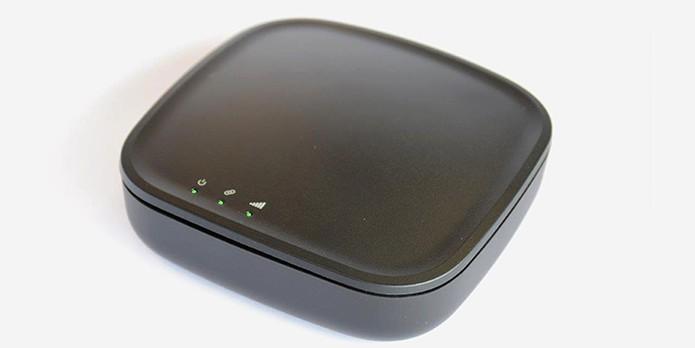 Aparelho que lembra roteador Wi-Fi amplia sinal de celular em ambientes fechados (Foto: Divulgação/Qualcomm)