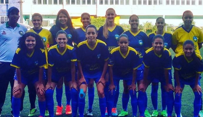 Futebol feminino de Montes Claros faz  vaquinha  para jogar competição 5104ad0573c4a