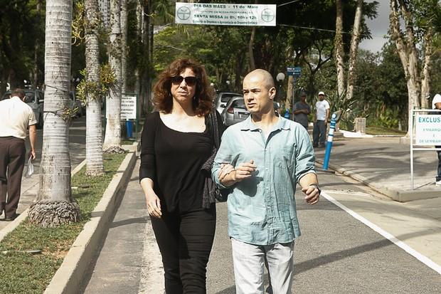 Marisa Orth no velório de Jair Rodrigues (Foto: Amauri Nehn/Photo Rio News)