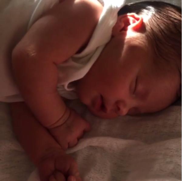 Helena, filha de Rubia Baricelli (Foto: Reprodução/Instagram)