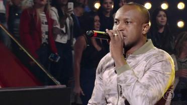 Thiaguinho canta 'Vamo Que Vamo'