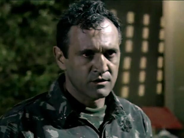 Domingos participou da série Força Tarefa em 2010, como o Cabo Moacir (Foto: TV Globo)