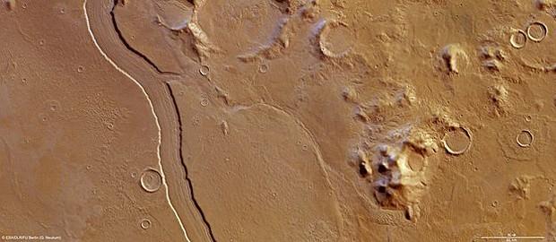 Marte pode ter tido rios de água corrente no passado (Foto: ESA/DLR/FU Berlin (G. Neukum))