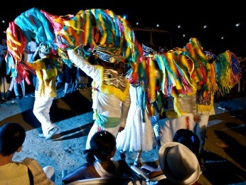 Festival de Cavalo Marinho reúne cores, dança, teatro e música. (Foto: Ana Lira/Divulgação)