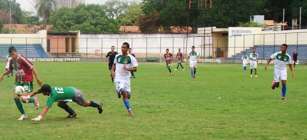 Fluminense-PI muda de treinador (Foto: Josiel Martins/GLOBOESPORTE.COM)