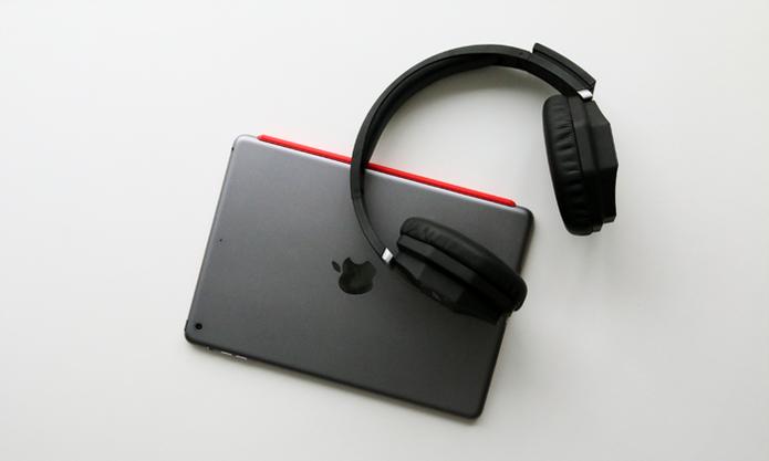 NEOH tem funcionamento ideal para transformar um tablet com som de cinema (Foto: Reprodução/Barbara Mannara)