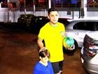 Cristiano Araújo trocou festa com Neymar por videogame, diz irmão
