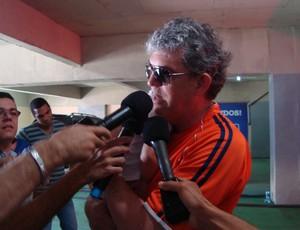 governador, ricardo coutinho, estádio amigão (Foto: Renata Vasconcellos / Globoesporte.com/pb)