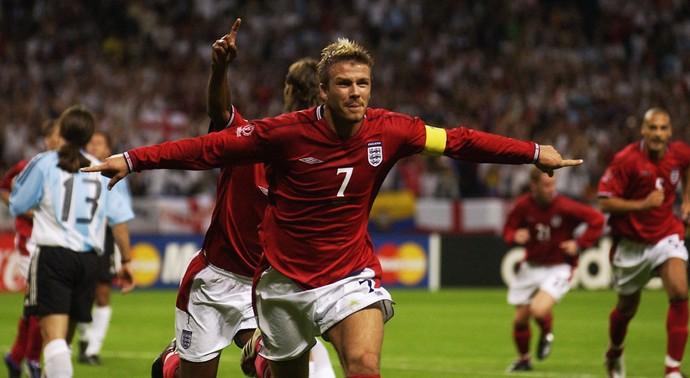 David Beckham inglaterra gol argentina copa do mundo 2002 (Foto: Agência Getty Images)