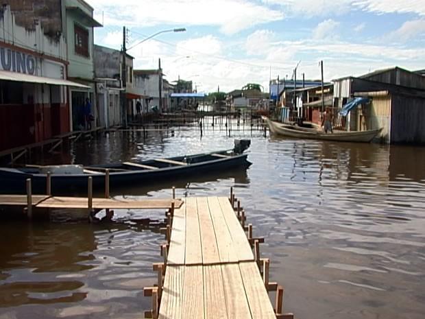 Cheia em Alenquer (Foto: Reprodução/TV Tapajós)
