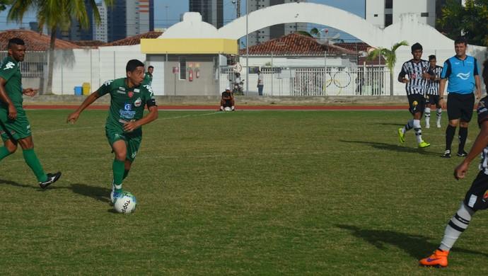 Serrano-PB, Ferreira, lateral-direito do Serrano-PB (Foto: Cisco Nobre / GloboEsporte.com/pb)