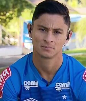 Diogo Barbosa, lateral do Cruzeiro (Foto: Reprodução SporTV)