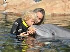 Carol Dantas e Davi Lucca se divertem em Orlando, na Flórida