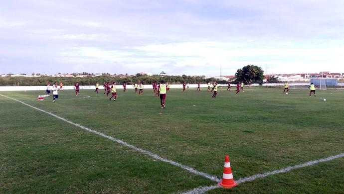 América-RN treino 26 jogadores em campo CT Abílio Medeiros (Foto: Jocaff Souza/GloboEsporte.com)