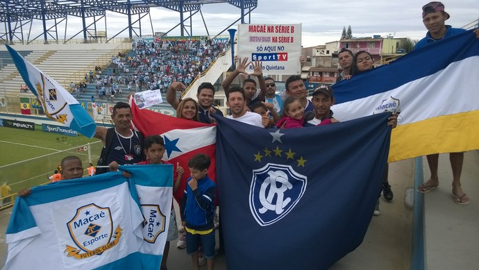 Macaé x Paysandu - torcedores do Remo (Foto: Júnior Costa)