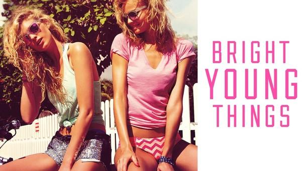 A campanha original da marca de lingerie traz modelos com mais de 20 anos (Foto: Divulgação)