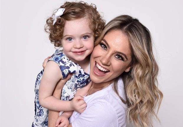 Juliana Baroni e a filha, Maria Eduarda (Foto: Reprodução/Instagram)